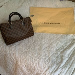 Louis Vuitton Speedy 30 Damier LIKE NEW!!